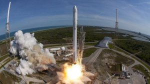 NASA Isn't Sold On SpaceX's Plan To Fuel Rockets With Crew On Board
